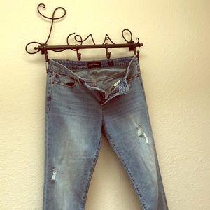 Distressed crop boyfriend jeans